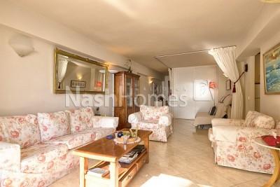 living_room_(1).jpg